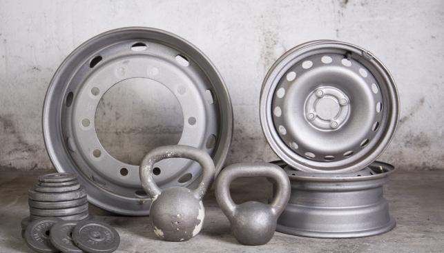 sabbiatura cerchioni moto e auto - attrezzatura sportiva | Dres-Plast